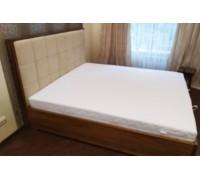 Кровать из дерева с мягким изголовьем - «Париж»