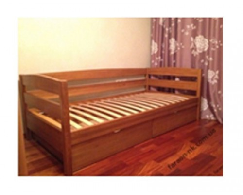 Кровать из массива ольхи – «Леон»
