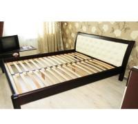 Мягкая кровать из массива ольхи - «Моника»