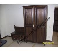 Шкаф из массива дерева № 10
