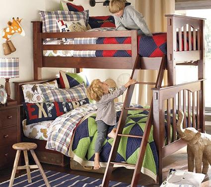 Деревянные двухъярусные кровати в Классическом стиле