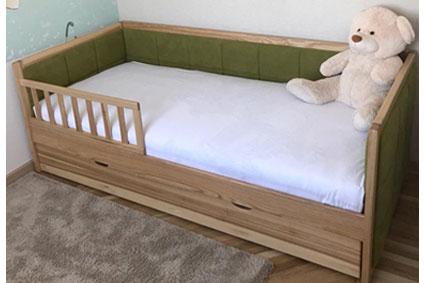 кровать из дерева Малибу