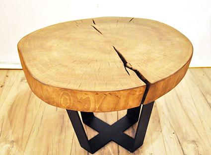 Стол дизайнерский с круглой столешницей