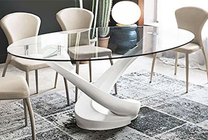 Стол комбинированный с деревянной ножкой