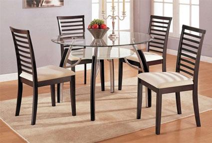 Стол комбинированный со стеклом для обеда