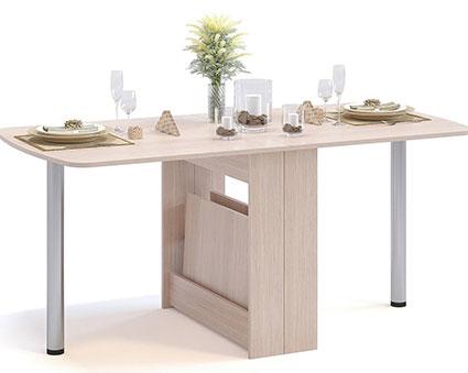 Стол для обеда с металлическими ножками